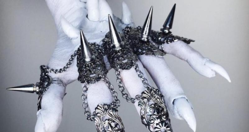 Disfrazar tus manos para Halloween - Ella Frank Simkins